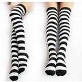 Бесплатная доставка зебра носки черный и белый полоса хлопок топ бедра более-гольфы - - гольфы чулки