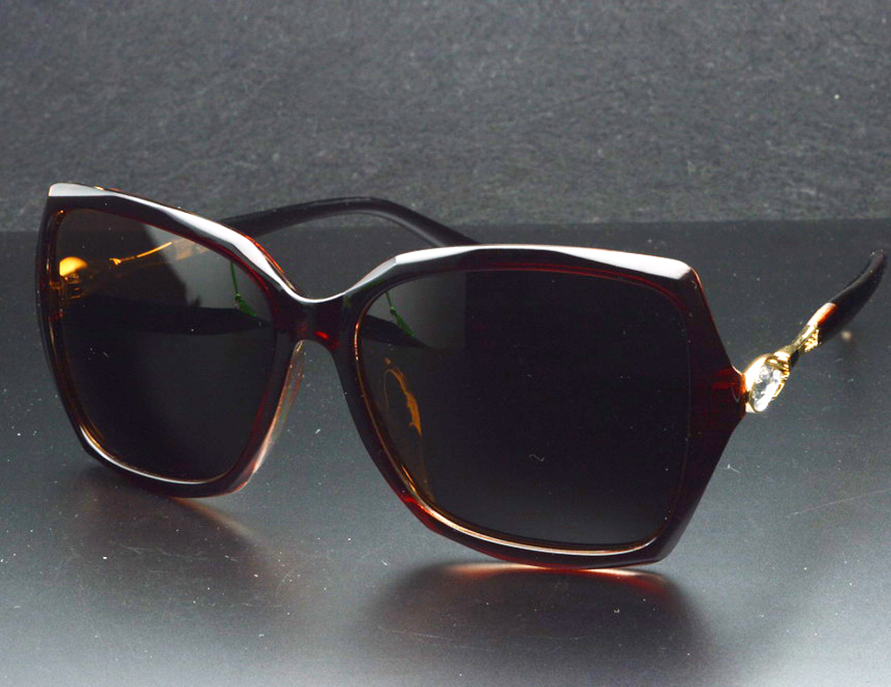 4500d571d كلارا فيدا العلامة التجارية الكلاسيكية فراشة سميكة حواف شقراء البني  الاستقطاب النظارات الشمسية بولارويد Polarised التسوق حزب الشمس نظارات