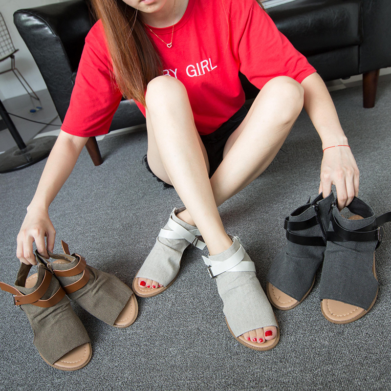073e7d3d710 Gladiator sandals women Shoes Summer Flat 2018 Fashion Flip Flops Peep Toe  Buckles Sandalias Non-