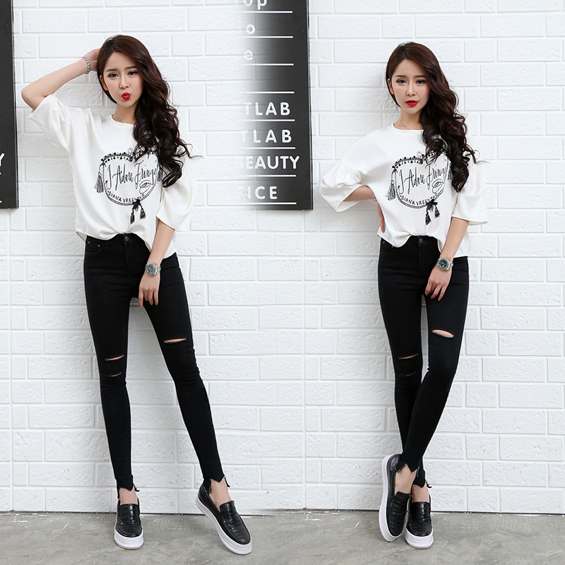 2017 New Women Spring Summer Korean Slim Hole Jeans Skinny Pencil Pants Female Nine Ankle-Length Button Cultivate Jeans