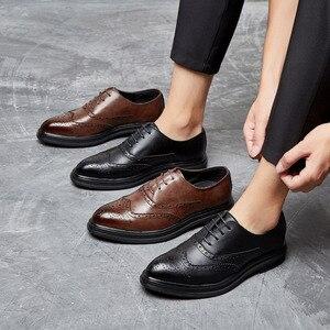 Image 4 - 2019 Мужские модельные туфли; кожаные оксфорды; Повседневная Деловая официальная мужская обувь на шнуровке; брендовая мужская Свадебная обувь