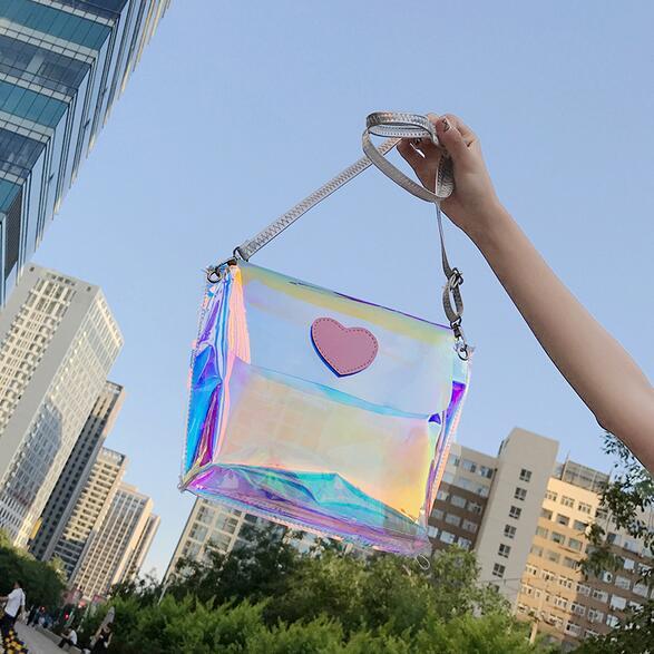 Female bag 2017 Summer Fashion New Handbags Sweet lady Quality Shoulder bag Pink Heart Transparent color Beach Messenger bag