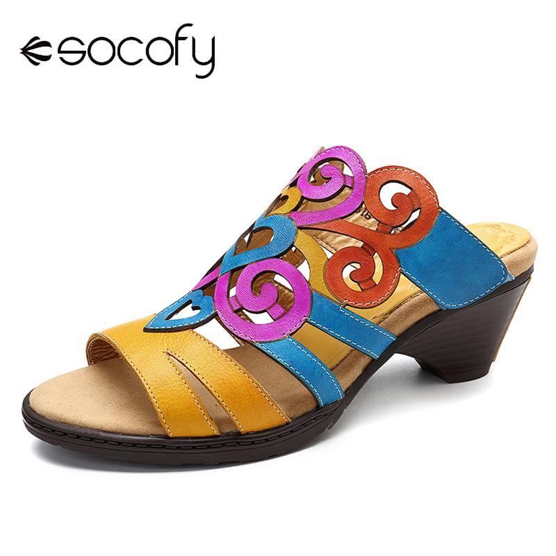 SOCOFY sandalias de gradiente suave zapatos de mujer de Color cuero genuino patrón de amor de piedra ajustable gancho Loop sandalias verano 2019-in Zapatillas from zapatos    1