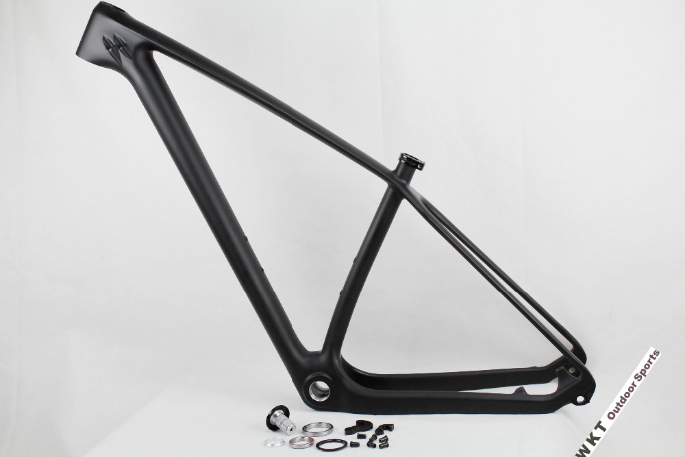 China UD matt mtb carbon frame 29er BSA/BB30, mountain bike frame 15/17/19 inch for sale,axle thru 142x12mm mountain bike frame 2017 new design iplay 29 full suspension frame carbon fiber 650b mtb frame 27 5er mountain bike frame ud matt 148 12mm thru axle