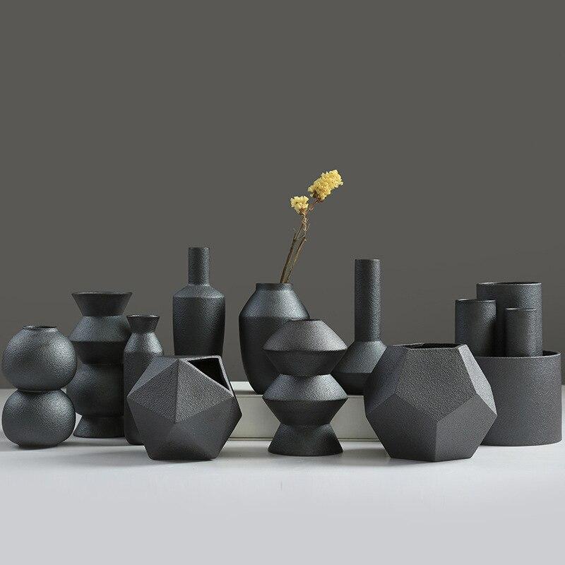 Creative Unique Glaze Burning Black Ceramic Procelain Flower Pots Planters Office Desktop Botanic Vase Decorations Friend Gifts