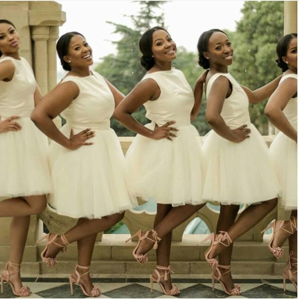 Meilleur afrique du sud courte robes de demoiselle d'honneur ivoire bijou décolleté genou longueur robe de demoiselle d'honneur junior grande taille dos nu robes