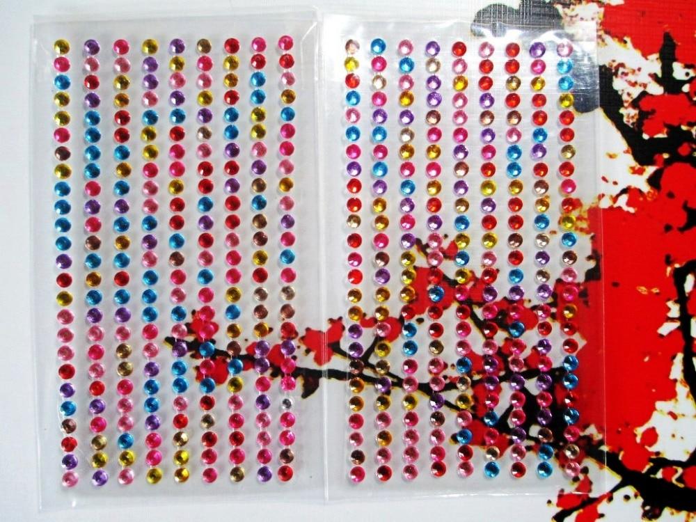 12 hojas 225 unids / lote 4 mm tira de diamantes de imitación borde - Artes, artesanía y costura