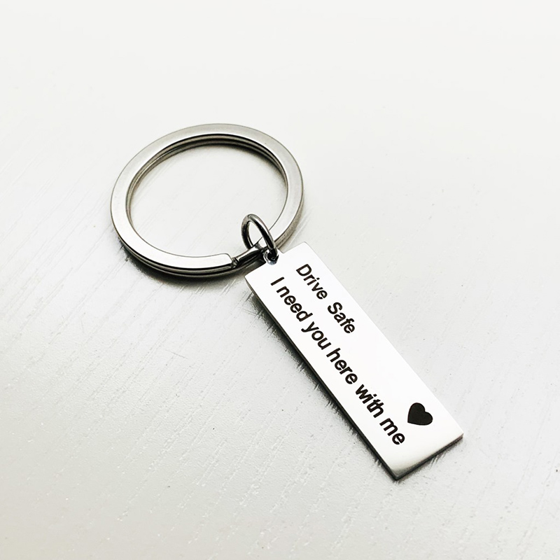 Thank You For Loving Me Stainless Steel Expression Love Couple Keychain Fashion Couple Gift Jewellery
