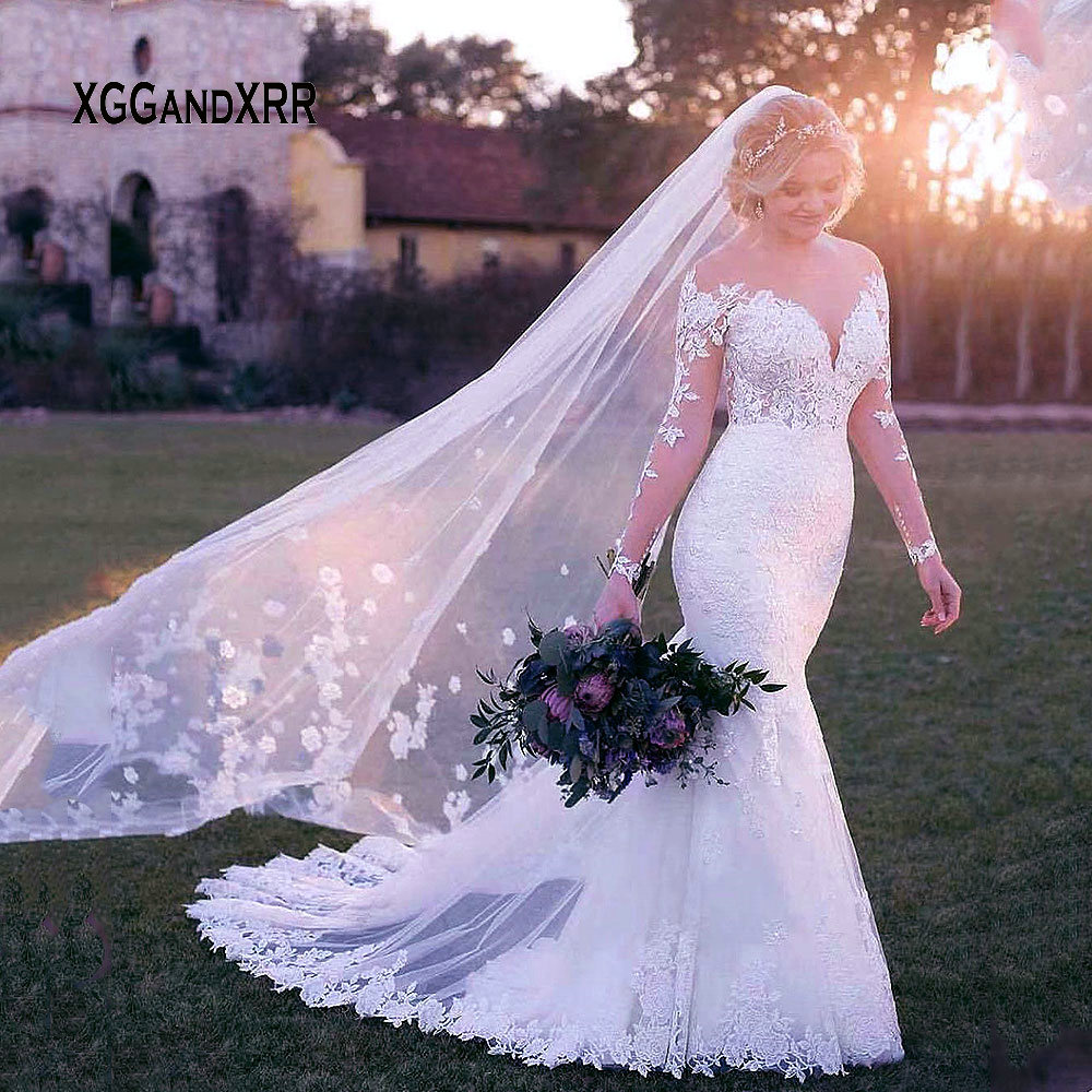 Romantic Long Sleeves Illusion Lace Vintage Mermaid Wedding Dress 2019 Scoop Neck Embroidery Appliques Sexy Wedding Gown