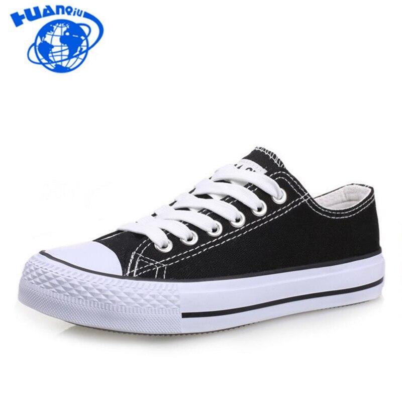 Prix pour HUANQIU Hommes Toile Chaussures Classique Hommes chaussures Noir Blanc Bleu Rouge Plat Skate Chaussures Tous Les Amant chaussures ST143