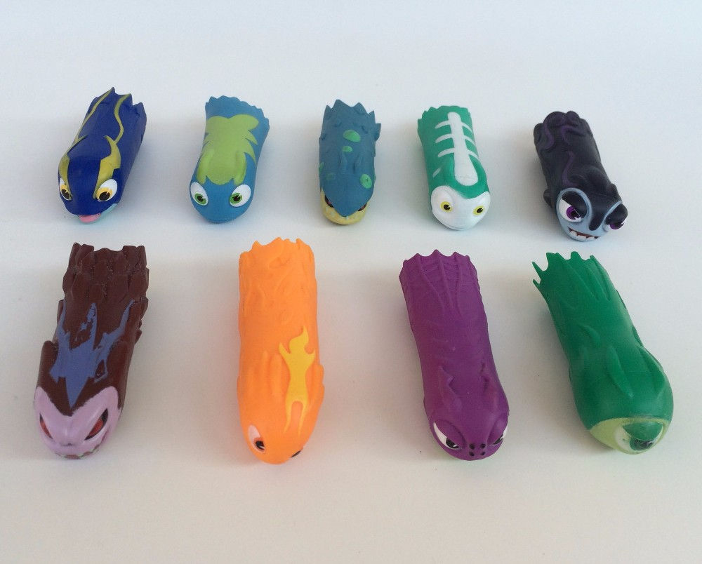 5PCS lot Slugterra Hand Puppets Dolls Slugterra Pistola Gun Bullet Slugs Action Figure Child Toys Qumi