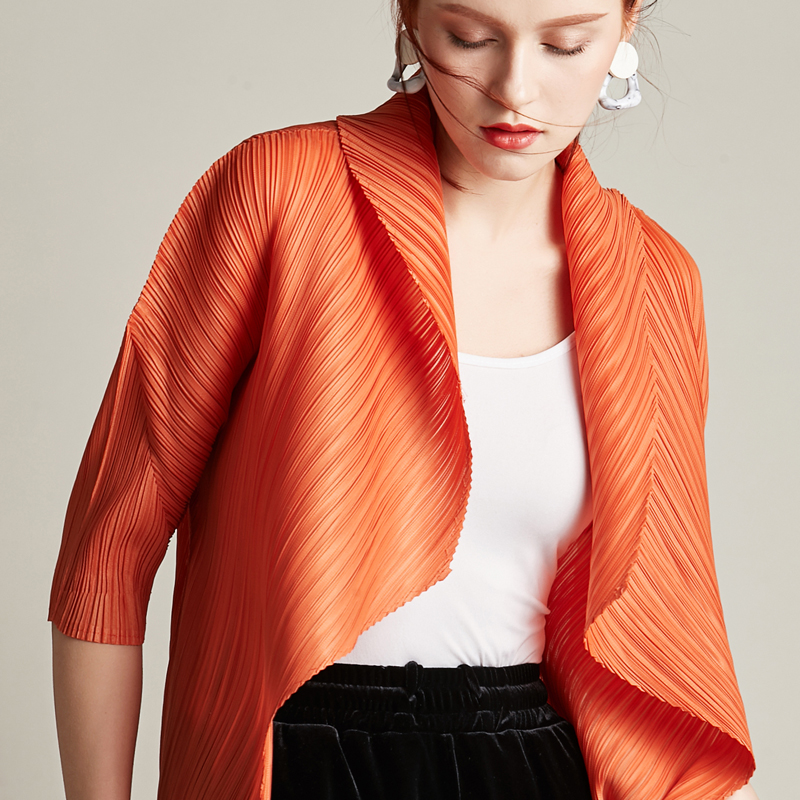 Changpleat 2019 Spring New Women   Basics     Jackets   Coat Miyak Pleated Fashion Design raglan sleeve Big Elastic Female cardigan coat