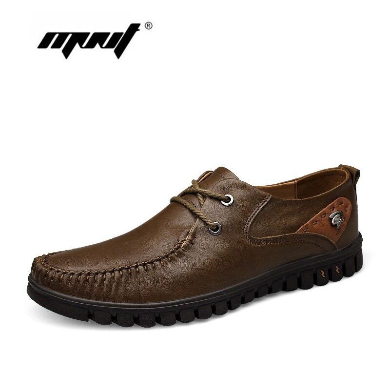 Fullkornsläder Män Skor Sneakers Lace-Up Mjuka Bekväma Män Flats Skor Klassiska Loafers Moccasins Zapatos Hombre