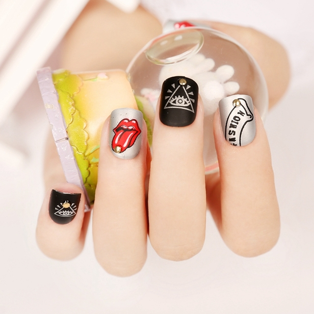 Artificial Manicure False Nails Red Tongue Y Lips Triangle Eye Rivet Design Black Gray Acrylic