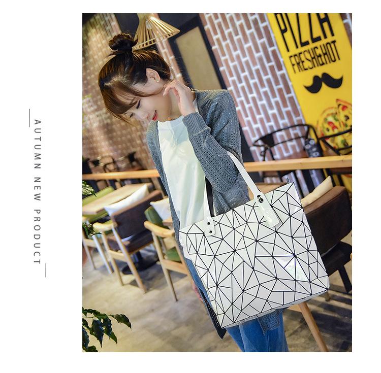 WSYUTUO Handbag Female Folded Ladies Geometric Plaid Bag Fashion Casual Tote Women Handbag Shoulder Bag 7