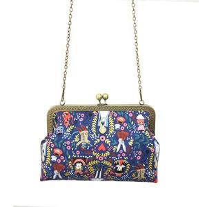 Image 2 - Alice in Wonderland Kadınlar için Crossbody Çanta Çanta Moda Karikatür Bayan Zincir Parti omuzdan askili çanta postacı çantası