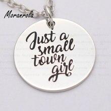 """Nouveau arried """"Just a small town girl"""" collier en cuivre porte-clés, charme estampillé à la main bijoux fille pays jwelry Southern girl cadeau"""
