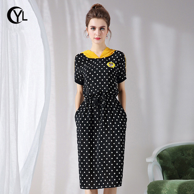 7afc7d226b US $32.64 20% OFF|OUYALIN L XXXXL 5XL Plus size Women Summer Dress 2018  Lady Short sleeve embroidery Hooded Dot Black Casual Dresses-in Dresses  from ...