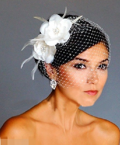 Elegant Tulle With Feather And Imitation Pearls Veils 2017 Wedding Bridal Hats Fascinators Headpiece
