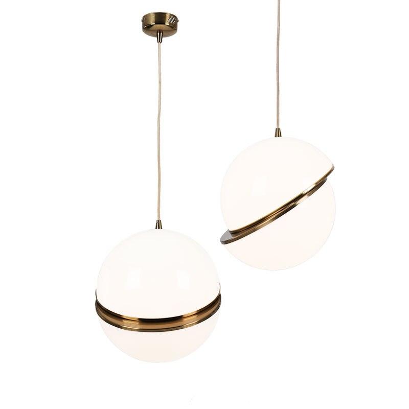 цена wongshi Modern Acrylic Ball Copper Pendant Light Creative Restaurant bedroom bedside balcony Decor Art pendant Lamp онлайн в 2017 году