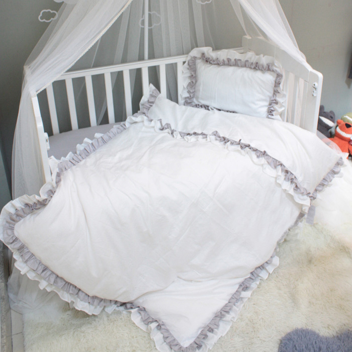 Luxry Ruffled Crib Bedding Set 3 Pcs Set100 Cotton Baby