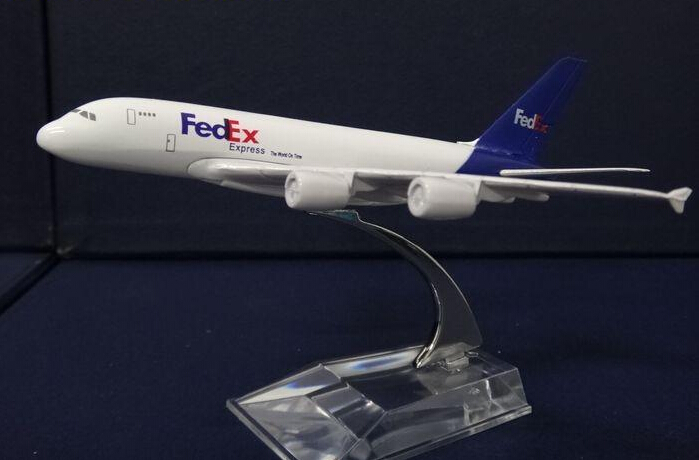 plane model A380 Fedex cargo aircraft A380 16cm Alloy simulation airplane model for kids ...