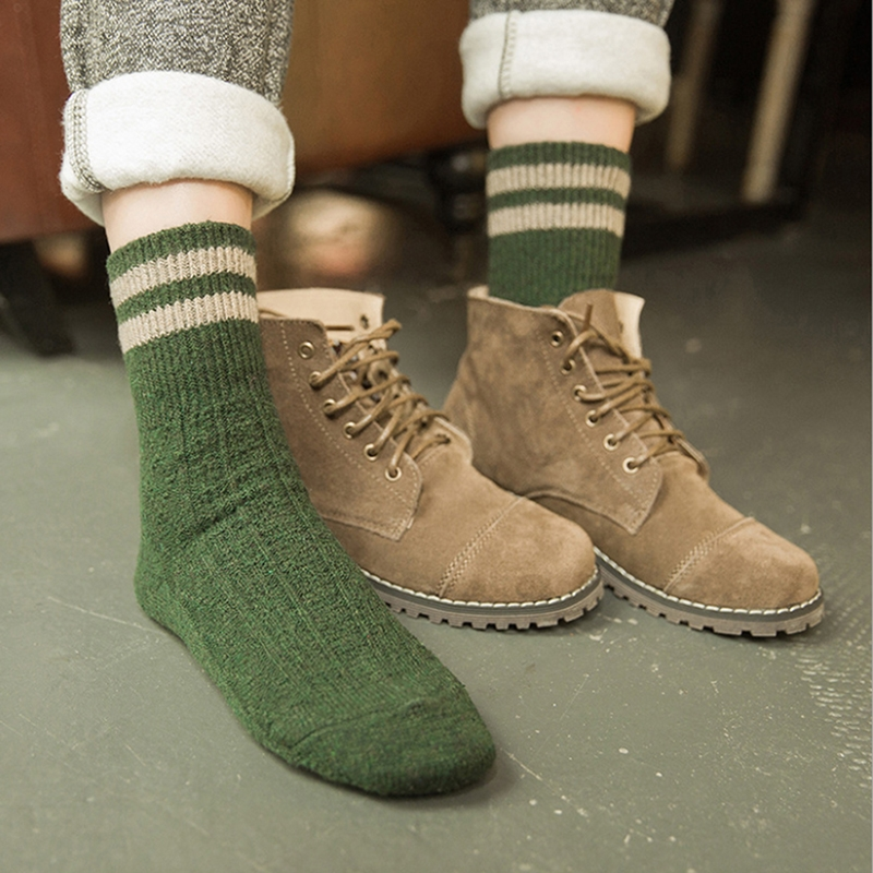 1 Pair Women Cashmere Cotton Wool Thick Warm Socks Autumn Winter Fashion Striped Design Soft Comfortable Socks Accessories