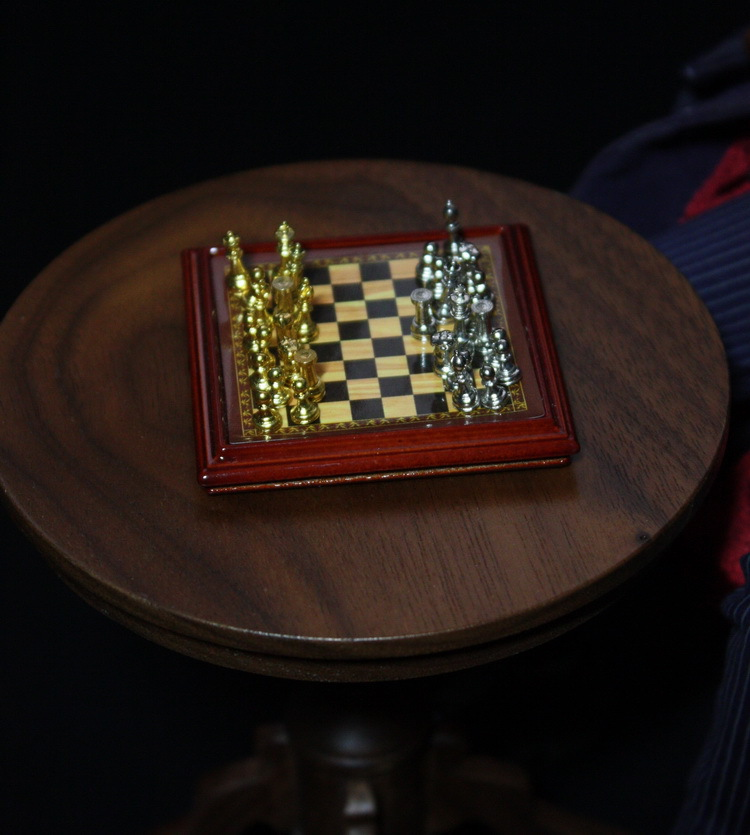 1/6 scale Chess for Doll Props.Suitable for 12″ action figure,Doll accessories.Doll and other accessories not included