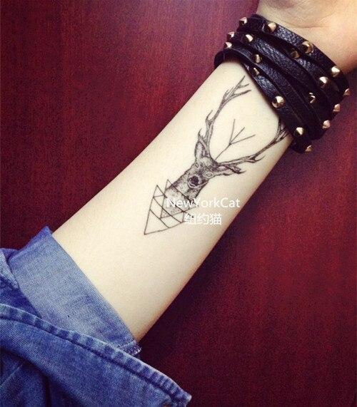 Tatuaje Cuernos De Ciervo Sfb