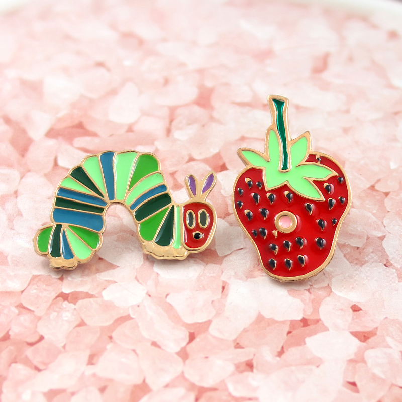 Red strawberry and green food fruit worm suit partner for children's clothing accessories show cute reward their gifts  brooch