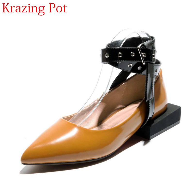 2018 Gladiator Cow Leather Low Heels Brand Summer Shoes Women Pumps Rivets Ankle Strap Pointed Toe