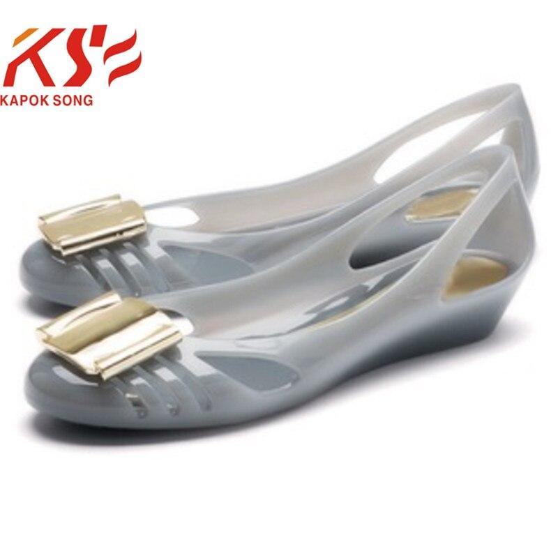 2017 geléskor kvinnor godis sommar lyxdesigner modell metallspänne platt slips på skor kvinnliga strandskor