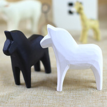 MR ZOOT Modern Black and White Pony Horse Statue Resin Decoration Home Accessories Gift Geometric Sculptu