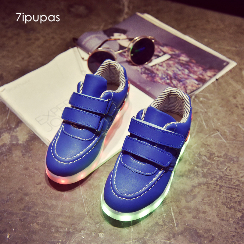 7ipupas Children shoes USB LED lamp luminous sneakers kids casual fashion 7 lights Mother&father&son&daughter Party led sneakers
