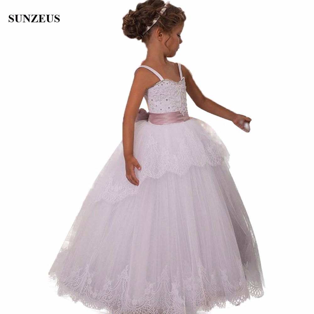 Ball Gown Spaghetti Straps Flower Girl Dresses Beaded Sweetheart Neckline Appliques Lace Girls Party Gowns Long Tulle FLG091