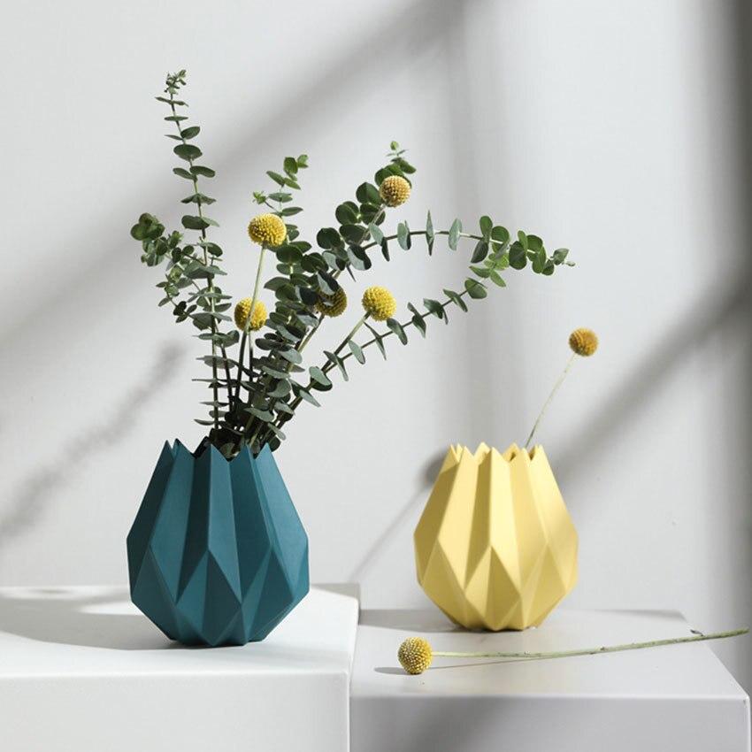 Us 22 09 41 Off Fashion Origami Vases Ceramic Tabletop Big Vase Home Decoration Vase Modern European Style Flower Vase Household Decoration In