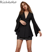 RichKoKo 2017 Women Pleated Blazer Solid Jacket Flare Sleeve Coat Single Btton V Neck Female Fashion Lady Tops Autumn Casual