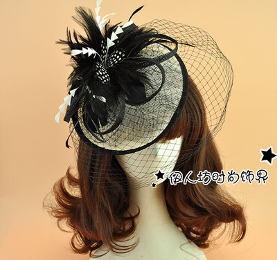 2016 Wedding Accessories Bridal Hats Wedding Fascinator For Brides Tulle Feather Black And White Ladies Hats For Weddings