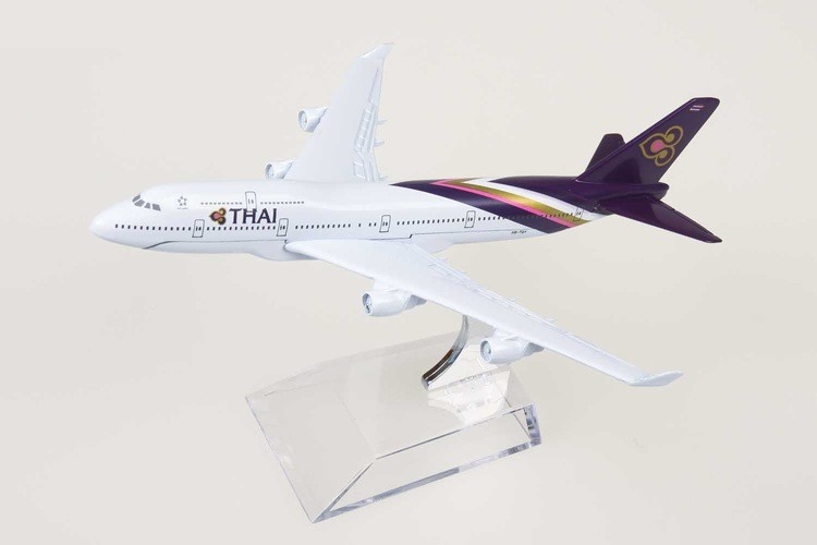 THAI-Boeing-747-400-Airliner