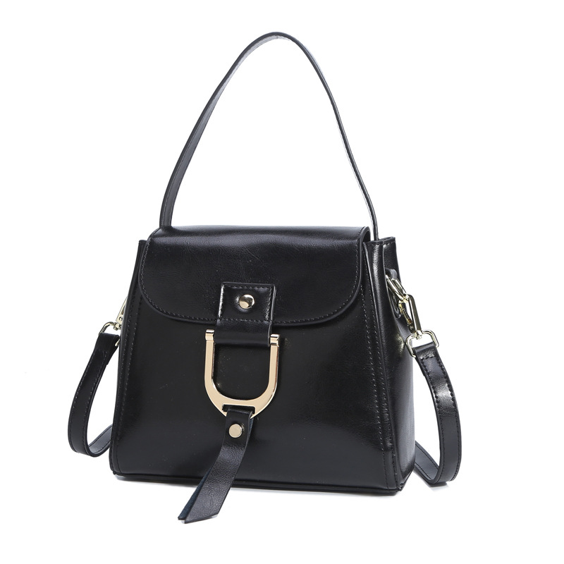 lkprbd 2018 new popular women's bag 100% leather, European and American fashion style, single shoulder Oblique span handbag. lkprbd new handbag fashion 100