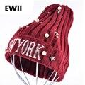 Las mujeres de nueva york tapas Harajuku gorro de Invierno rebordear perlas estrella de cinco puntas bordado señoras tejer sombreros capó para las mujeres