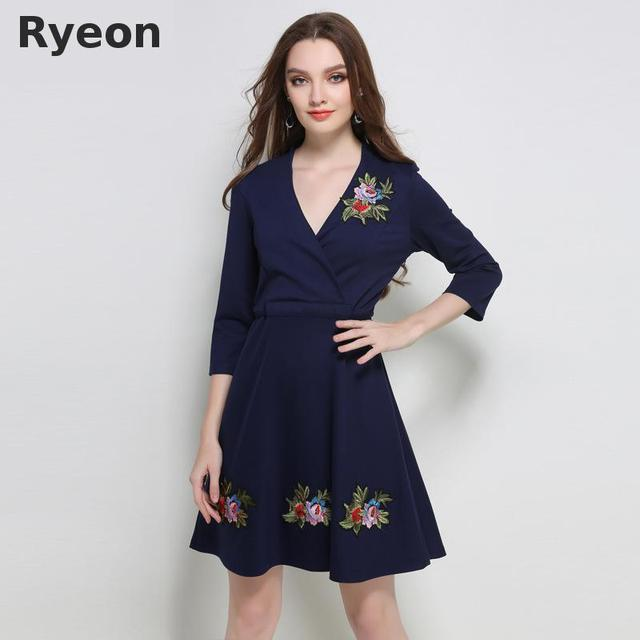 3600ebfb164 Ryeon Plus Size Dresses Floral Embroidered Dress Womens Tunic Dress Sheath  V Neck Knee Length Brief