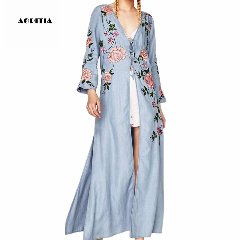 2019 Autumn Spring Women Denim Floral Embroidery Sequin   Trench   Coat Long Soft Jeans Outwear Women's Split Coats