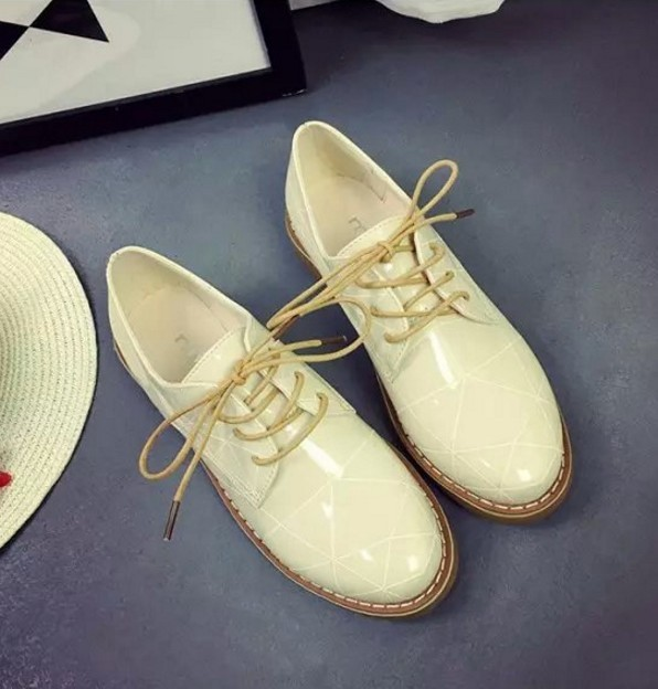 Preppy style lace up Cow Muscle women single shoes patent leather print girls simple comfort flats 3 color size 35-39