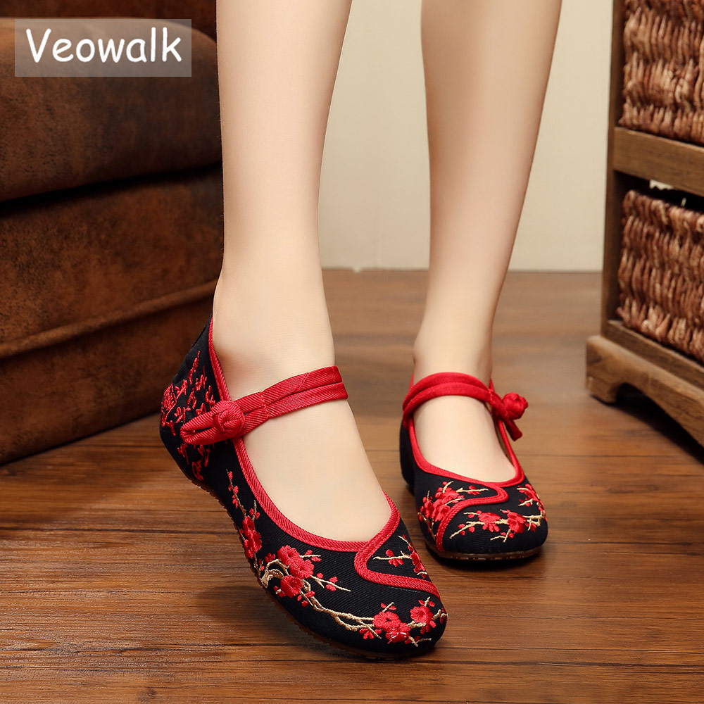 Veowalk Handmade Cotton Flats Women Flower Embroidery Shoes Vintage Chinese Old Beijing Ballet Flats For Woman Zapatos Mujer стоимость