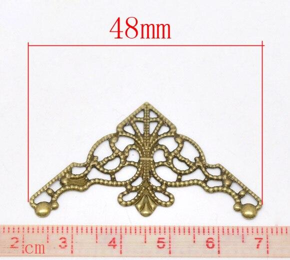 Décorations en alliage de Zinc métal résultats Triangle Antique Bronze fleur motif creux 4.8cm (1 7/8