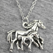 Suppliers Women Necklace Horse