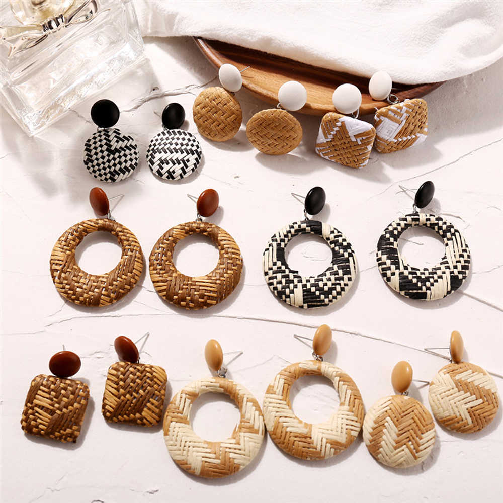 Handmade Bohemian Wooden Rattan Wicker Straw Drop Earrings For Women Vintage Bamboo Wicker Statement Earrings Brincos Mujer Aros