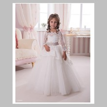 Fashion lace first communion dress vintage ball gown scoop neckline long noble ivory lace flower girl dresses with long sleeve