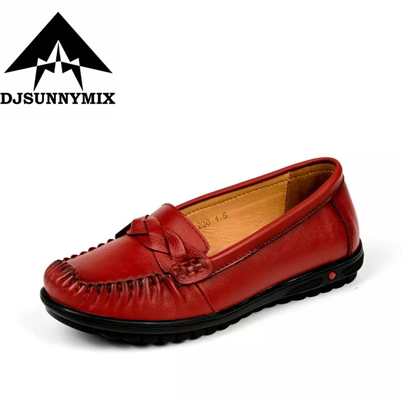 DJSUNNYMIX Brand Handmade genuine leather women shoes female casual slip on loafers car-styling flat shoes pl us size 38 47 handmade genuine leather mens shoes casual men loafers fashion breathable driving shoes slip on moccasins